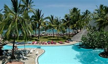 Bamburi Beach - Bamburi Beach ***