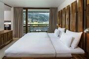 Hotel**** Spa Carinzia 12