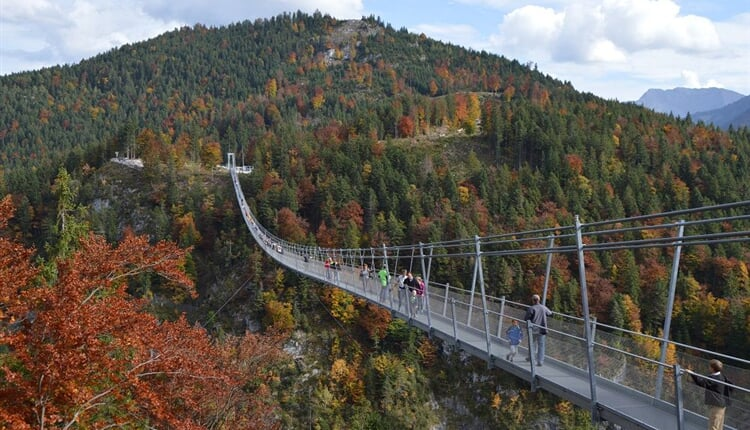 Erika tour-Lechtalerské Alpy 2017-7-Highline bridge zmenš