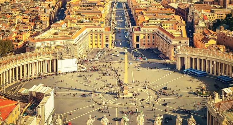 Vatikán uprostřed Říma