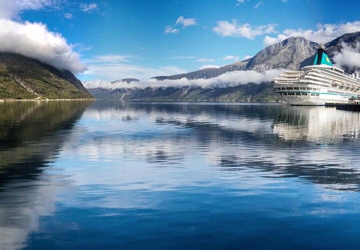 Nejkrásnější fjordy lodí