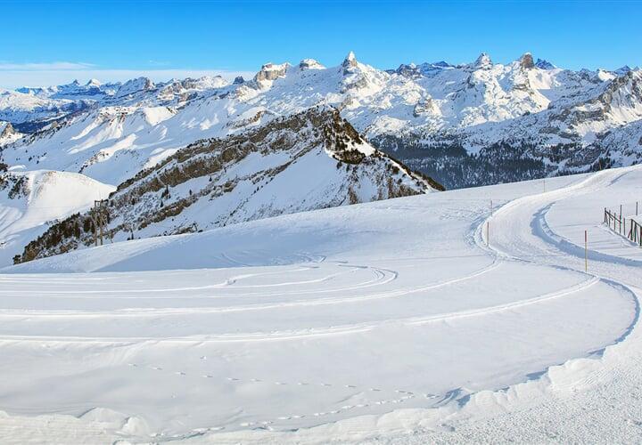 Jarní lyžování na ledovcích