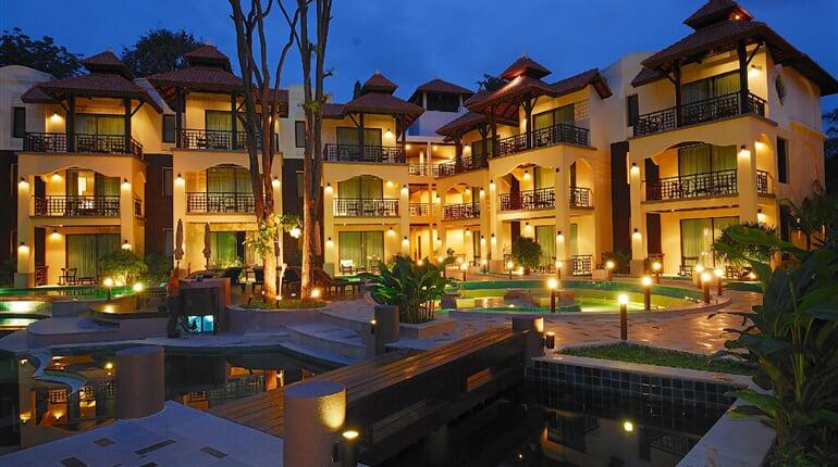 Foto - Bangkok - Pattaya (Thajsko), Long Beach Garden Hotel ****+, Pattaya, Bangkok Palace Hotel ****, Bangkok
