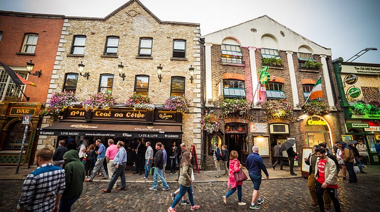 Foto - To nejlepší z Dublinu + GLENDALOUGH + POWERSCOURT (letecky z Prahy)