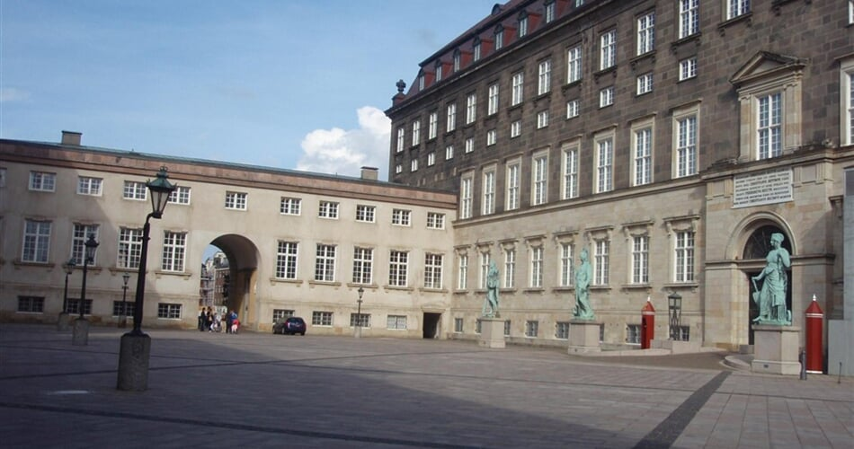 Dánsko Kodaň Christianborg.JPG
