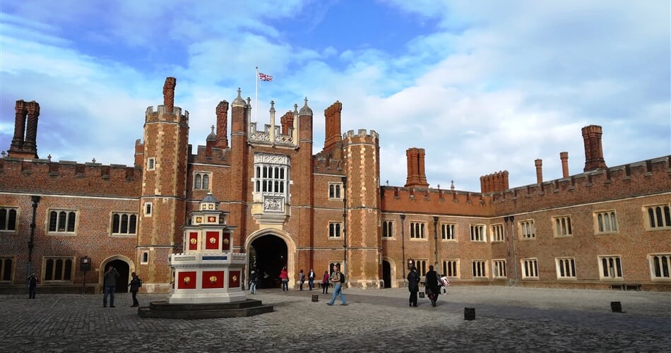 Velka Britanie Hampton Court