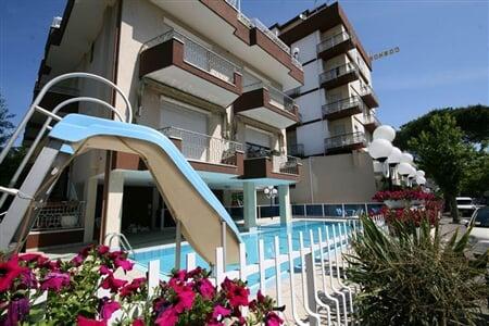 cosmos hotel rimini rivaazzura 2019 (6)