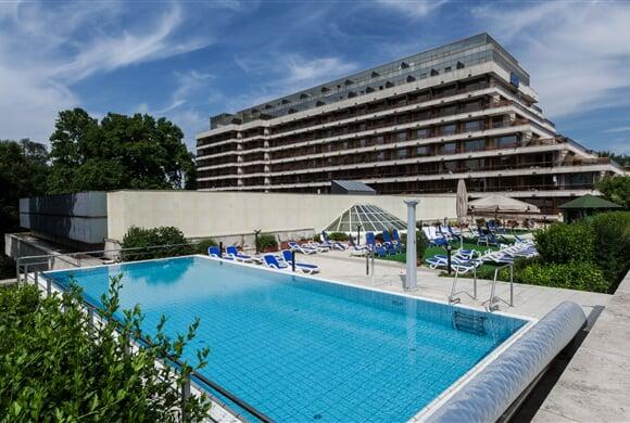 DHSR Margitsziget outdoor pool