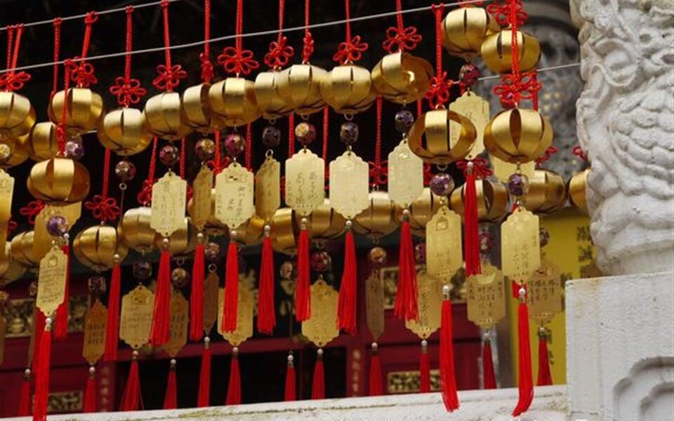 Taiwan - zvonečky v klášteře